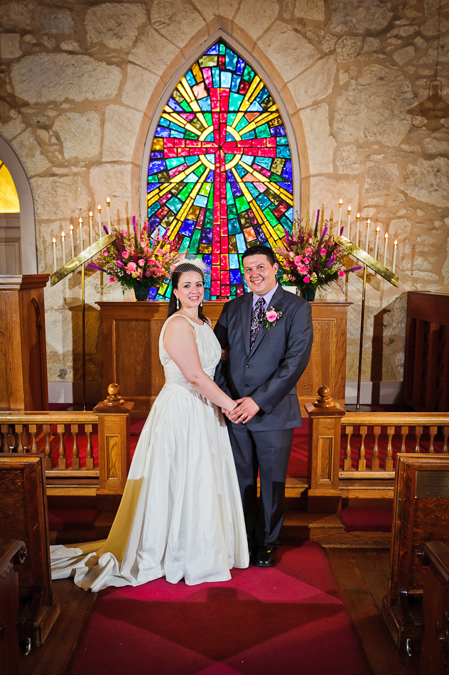 Catholic Stained Gl Church Wedding The Little Of La Villita Becky Alfonso Songbird Weddings Blog