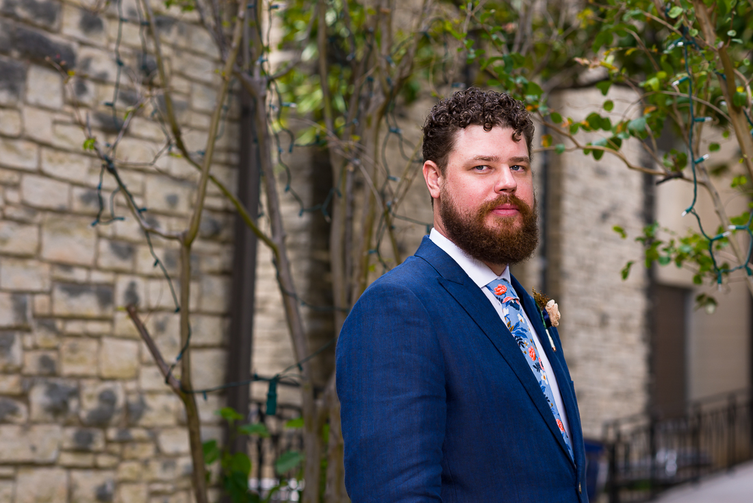 Austin-Wedding-Photographers-groom-first-look-church-presbyterian-portrait