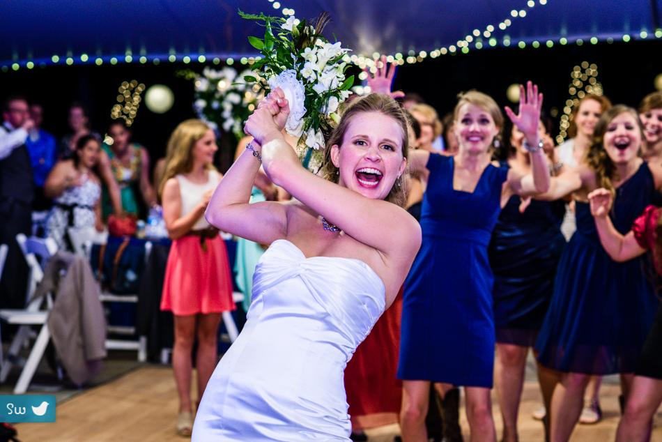 photos by Songbird Weddings Photography. http://songbirdweddings.com